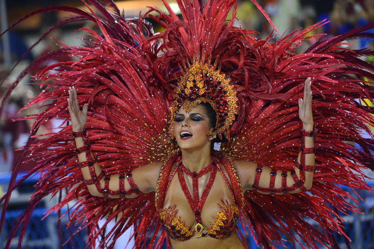 Sambanın Renkli Modası