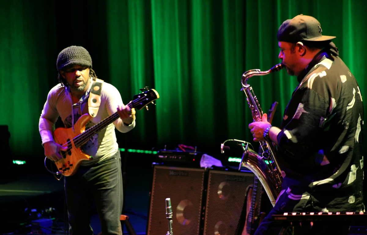 Victor Wooten & Bob Franceschini (Photo: Sedat Antay)