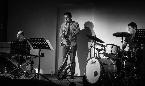 "A tÖZ Story: ""tÖZ İTÜ MİAM Album Recording Session with an Audience"""