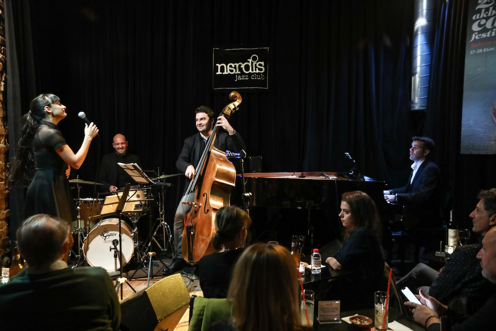 Uraz Kıvaner Feat. Caloé was at Nardis Jazz Club