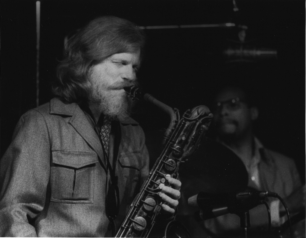 """La Menace"" ve Gerry Mulligan"