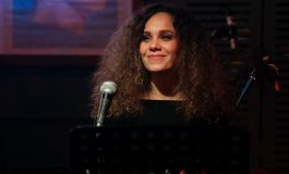 "Su İdil Speaks About Her New Album ""Anlat Bana""!"