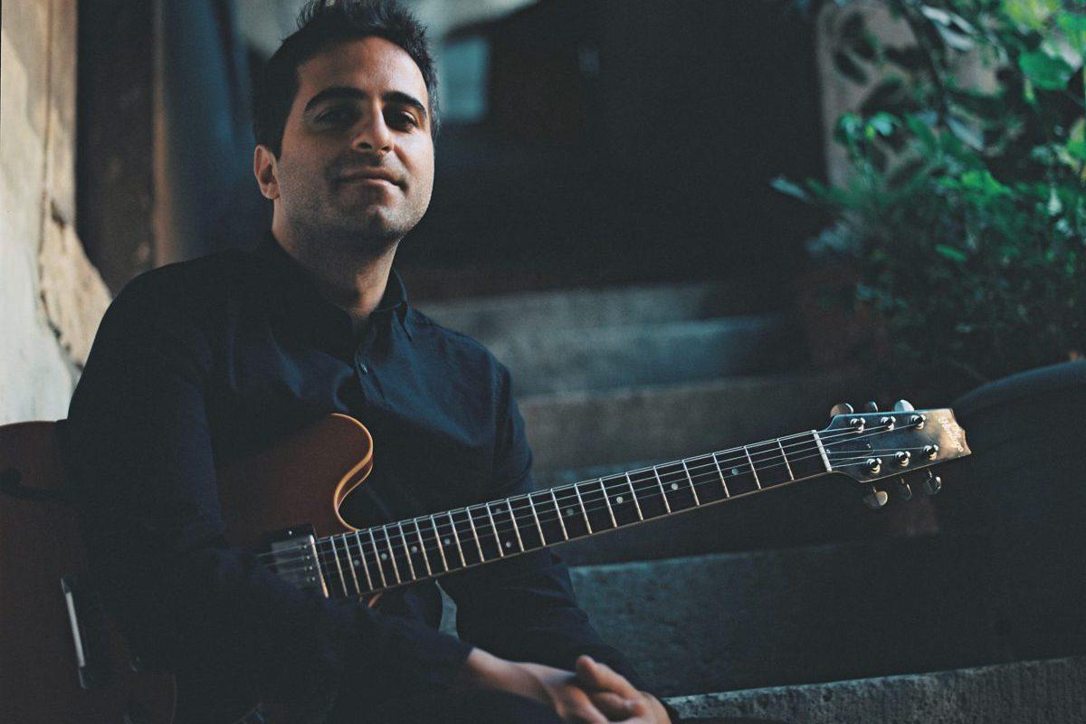 Gitarist Eylül Biçer'in İlk Albümü Byblos, Dinleyicisiyle Buluştu