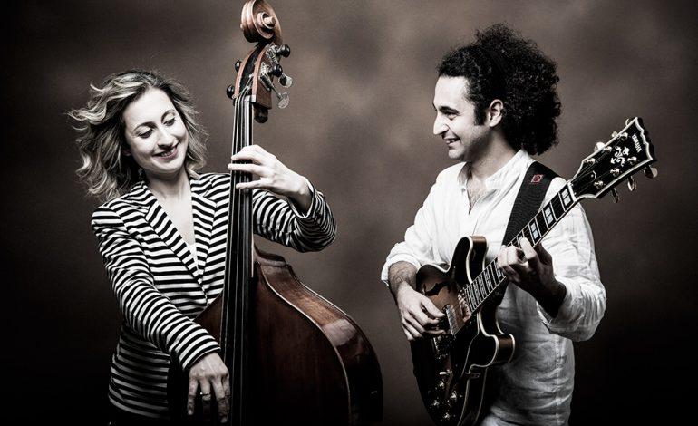 Blindfold with Esra Kayıkçı & Hakan Kamalı